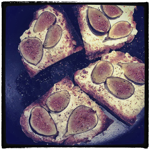 Figs_Toast_Snapseed